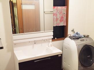 洗面リフォーム 引き出しで収納力アップ!水跳ね汚れも防止できる洗面化粧台