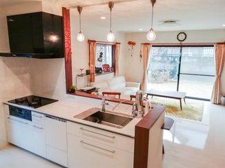 キッチンリフォーム 明るく開放的に仕上げた水廻り空間