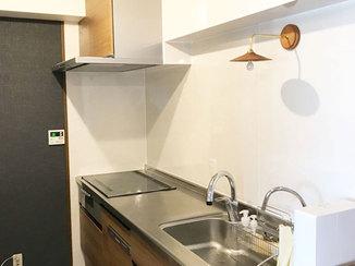 キッチンリフォーム 間仕切り壁をなくし開放的な空間になったキッチン