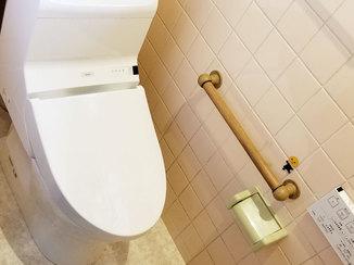 トイレリフォーム クッションフロアの床で掃除がしやすいトイレ